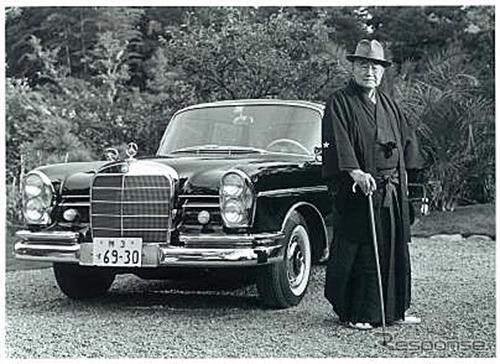 1963年、吉田茂元首相に納車したメルセデス・ベンツ 300SEロング《写真提供 ヤナセ》
