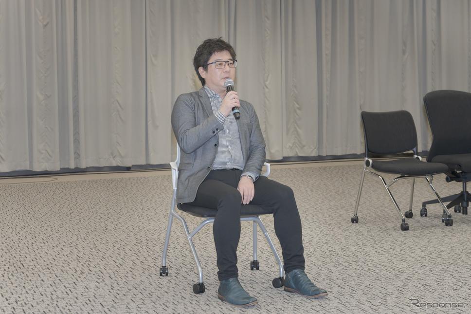 内田洋行 オフィス商品企画部部長・門元英憲氏。《写真撮影 関口敬文》