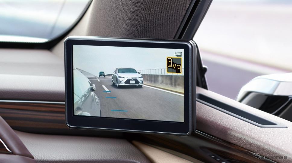デジタルアウターミラーディスプレイ(運転席側)《写真提供 トヨタ自動車》