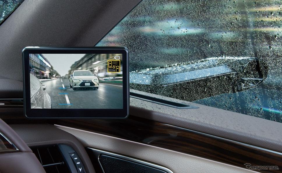 デジタルアウターミラーディスプレイ(悪天候時)《写真提供 トヨタ自動車》