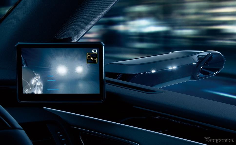 デジタルアウターミラーディスプレイ(後続車のヘッドランプ入射時)《写真提供 トヨタ自動車》
