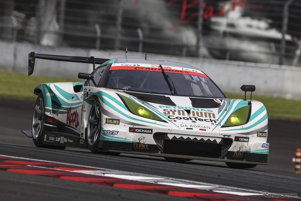 GT300クラス優勝 #2 シンティアム・アップル・ロータス《写真撮影 益田和久》