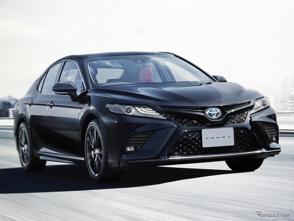 """トヨタ・カムリ40周年記念「WS""""Black Edition""""」(2020年)《写真提供 トヨタ自動車》"""