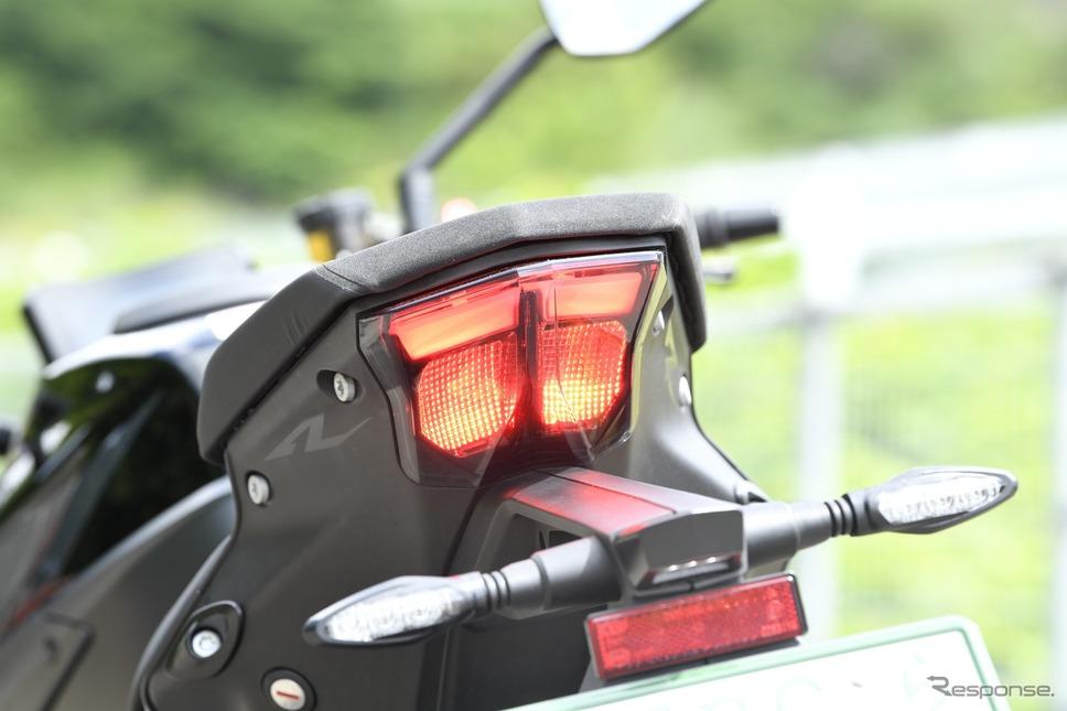 KTM 1290スーパーデュークR《写真撮影 雪岡直樹》
