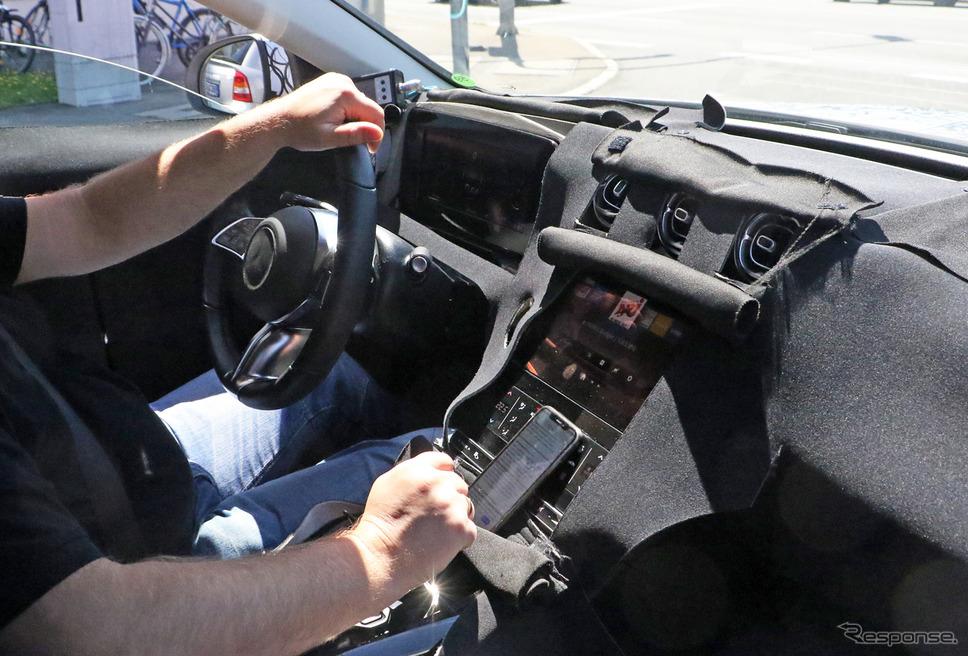 メルセデスベンツ Cクラスステーションワゴン 次期型プロトタイプ(スクープ写真)《APOLLO NEWS SERVICE》