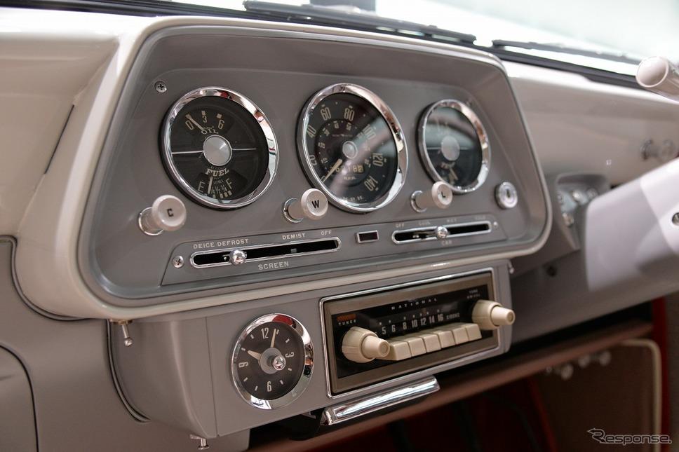 ヒルマン・ミンクスPH400型(1961年)《写真撮影 嶽宮三郎》