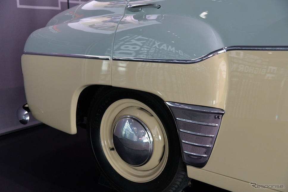 ヒルマン・ミンクスPH12型(1956年)《写真撮影 嶽宮三郎》