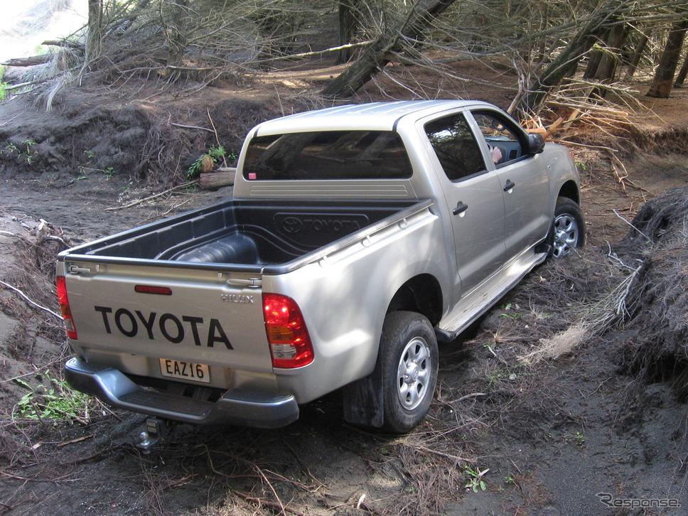 トヨタ・ハイラックス7代目(2004年〜)《写真提供 トヨタ自動車》