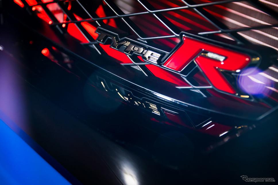 ホンダ・シビックタイプR改良新型のインディカー・シリーズのペースカー《photo by Honda》