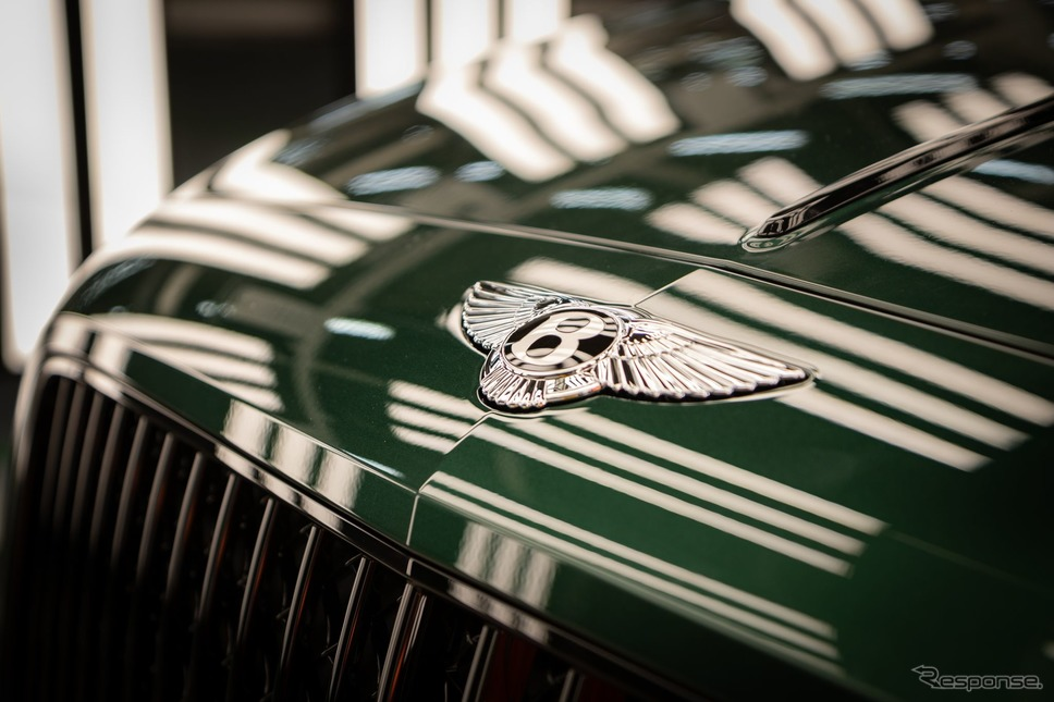 4万台目のベントレー・フライングスパー《photo by Bentley》