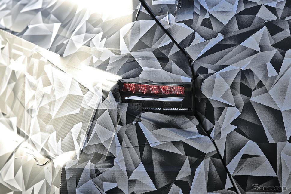 プジョー 308 次期型プロトタイプ(スクープ写真)《APOLLO NEWS SERVICE》