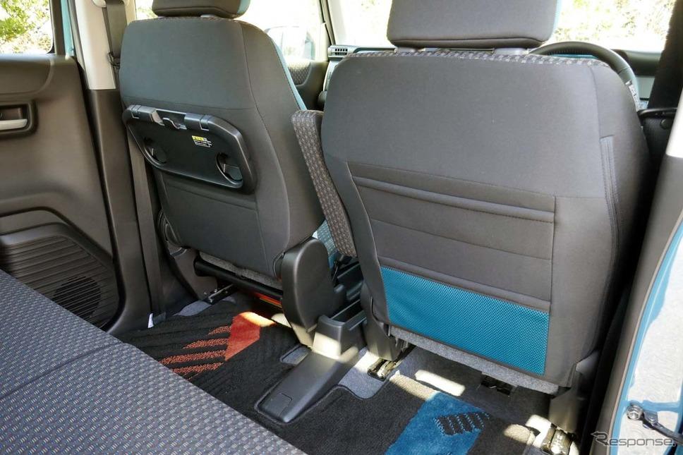 前席の背後には使い勝手の良いシートバックポケットが装備される(写真は「ハイブリッドX・2WD」)《写真撮影 会田肇》