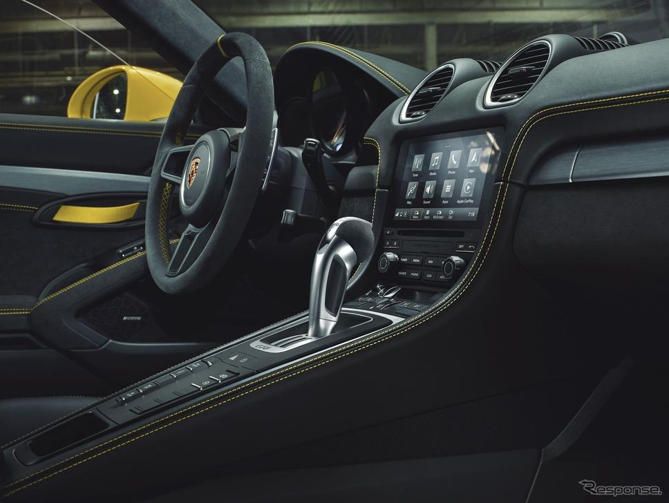 ポルシェ 718 ケイマン GT4 の7速PDK車《photo by Porsche》
