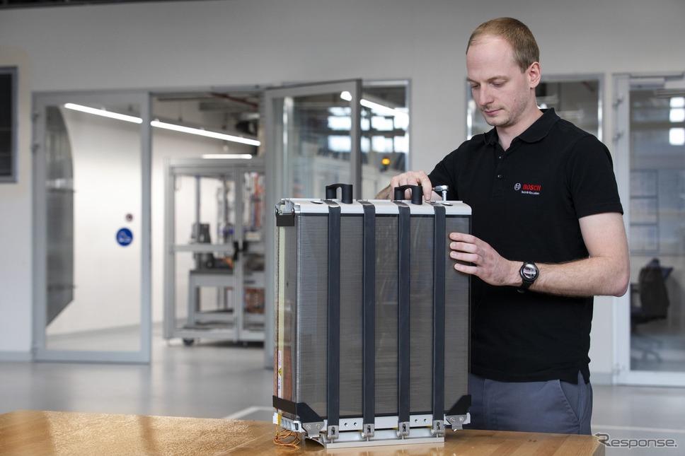 ボッシュの燃料電池スタック《photo by Bosch》