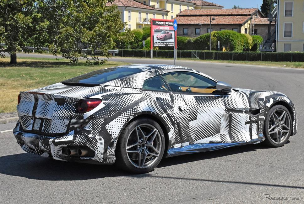 フェラーリ ポルトフィーノ 改良新型プロトタイプ(スクープ写真)《APOLLO NEWS SERVICE》