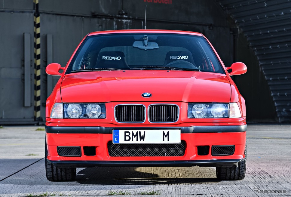 BMW 3シリーズ(E36型)の「ti コンパクト」(写真はM3コンパクト)《photo by BMW》