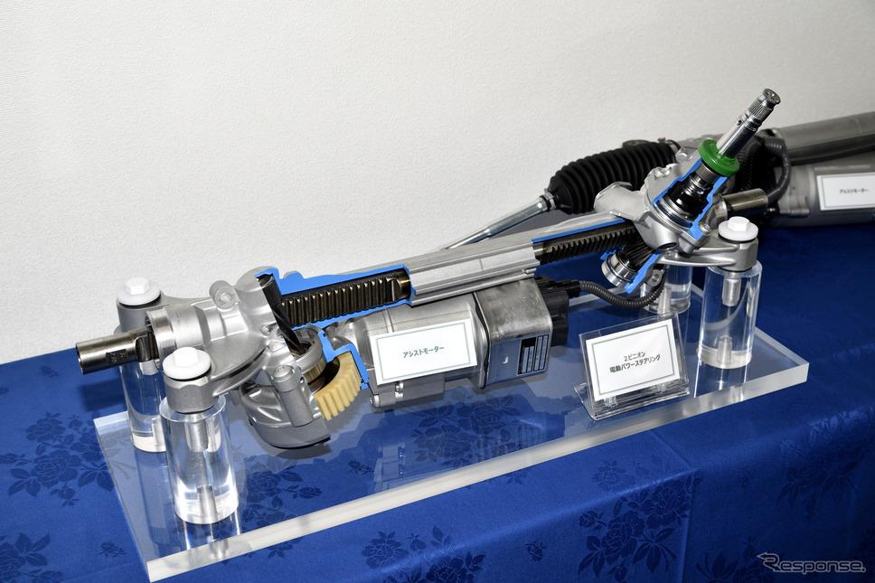 スバル レヴォーグ 新型(プロトタイプ)の電動パワーステアリング《写真撮影 雪岡直樹》