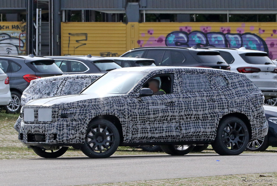 BMW X8 市販型プロトタイプ(スクープ写真)《APOLLO NEWS SERVICE》