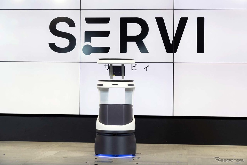 ソフトバンクロボティクスが2021年1月に発売する配膳・運搬ロボット「Servi」《写真提供 ソフトバンクロボティクス》