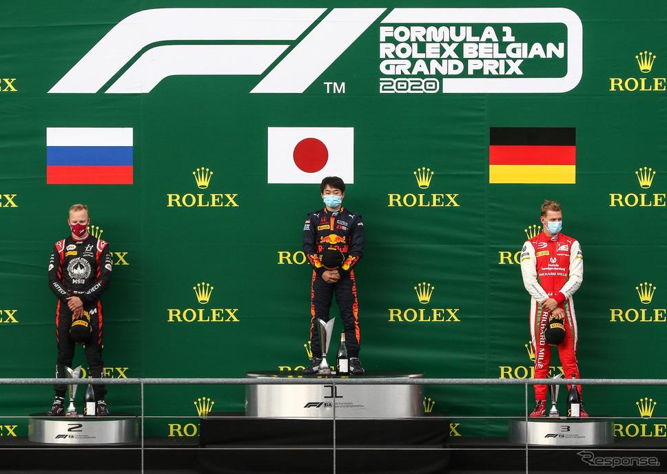 今季のF2スパ・フランコルシャン戦、Race1では角田裕毅(中央)が優勝、ミック・シューマッハ(右)が3位。《写真提供 Honda》