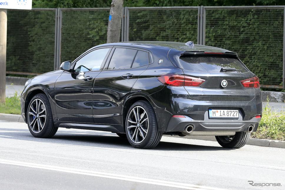 BMW X2 改良新型プロトタイプ(スクープ写真)《APOLLO NEWS SERVICE》