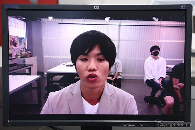 最終プレゼンテーションの様子《写真提供 日本教育財団》