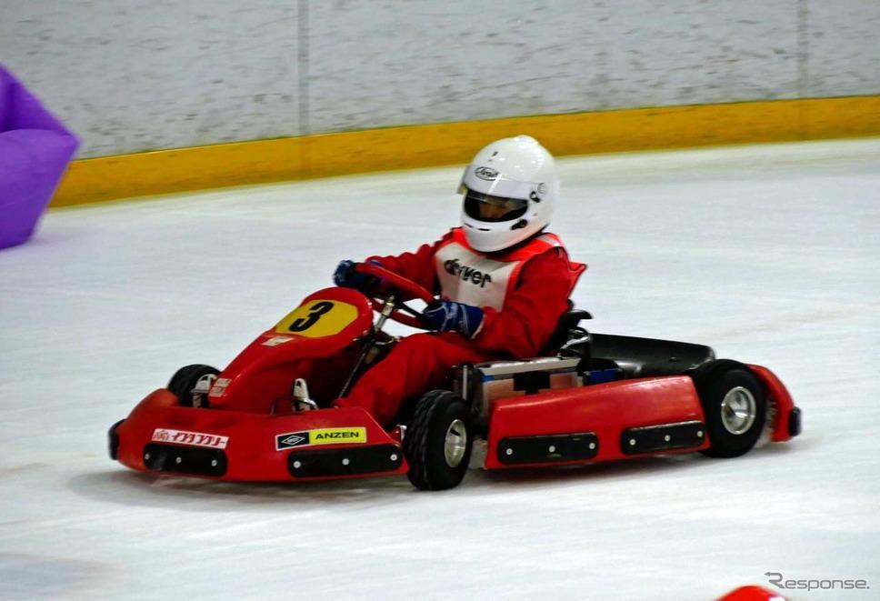 「Driver」チームの大庭柊子さんの走り。スムーズなコーナリングが際立った《写真撮影 会田肇》