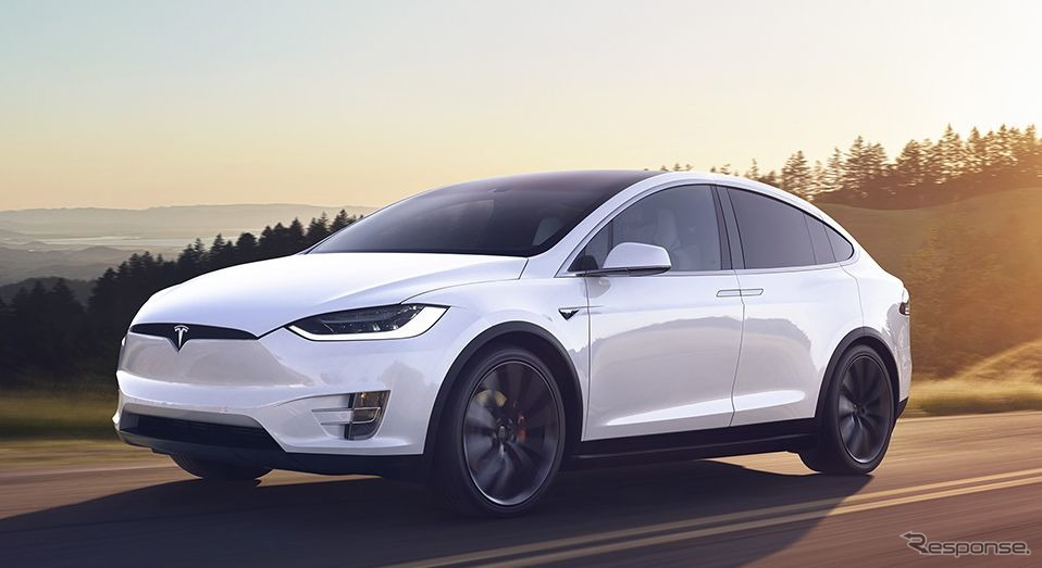 テスラ・モデルX《photo by Tesla》