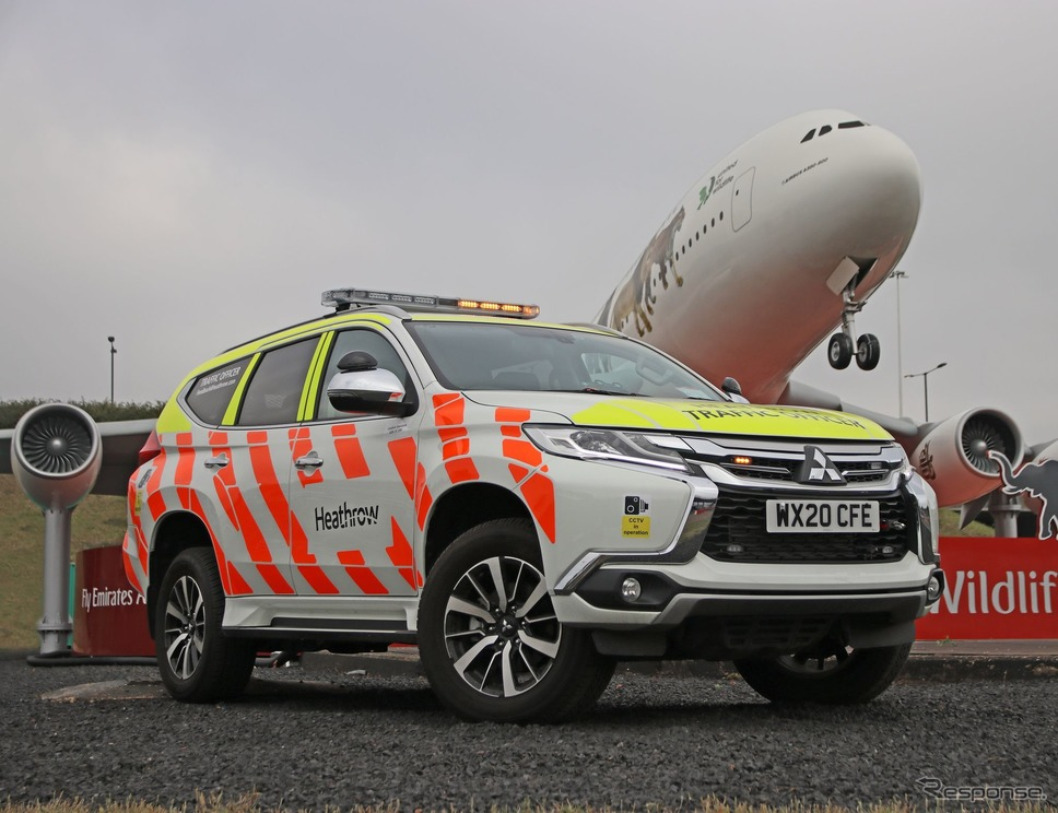 英ヒースロー空港にランドサイド(一般区域)オペレーション車両として配備された新型三菱ショーグンスポーツ(パジェロスポーツ)《photo by Mitsubishi Motors》