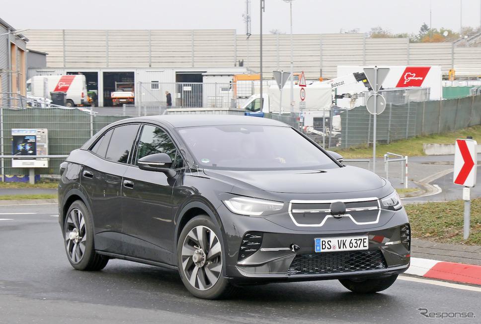 VW ID.4 クーペ版プロトタイプ(スクープ写真)《APOLLO NEWS SERVICE》