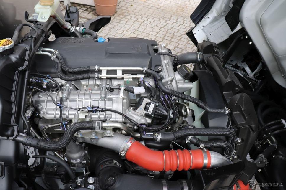 4PT10エンジン《写真提供 中尾真二》