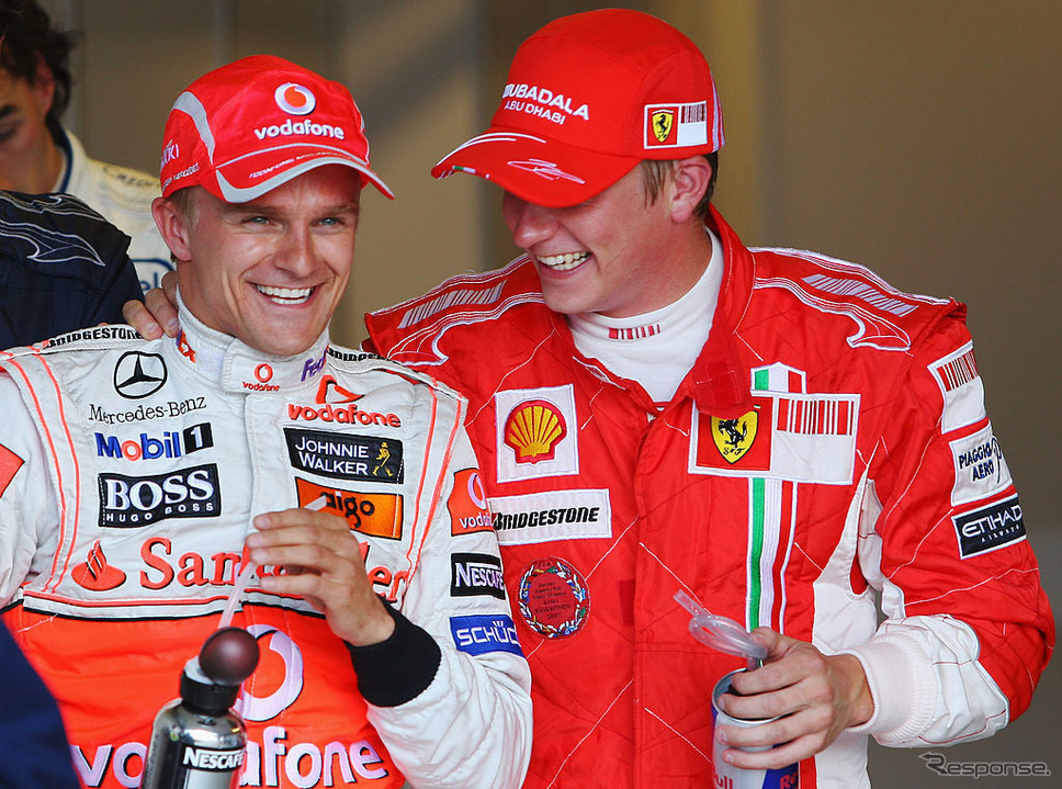ヘイキ・コバライネン選手(左)とキミ・ライコネン選手(写真は2008年)Photo by Mark Thompson/Getty Images/Getty Images Sport