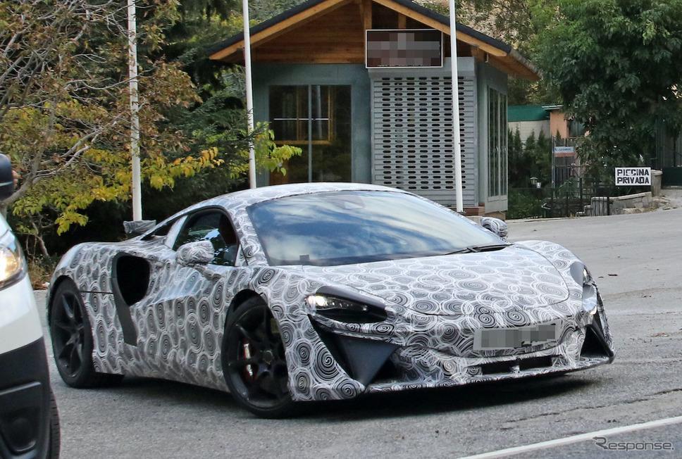 マクラーレンの新型ハイブリッド・スーパーカー(スクープ写真)《APOLLO NEWS SERVICE》