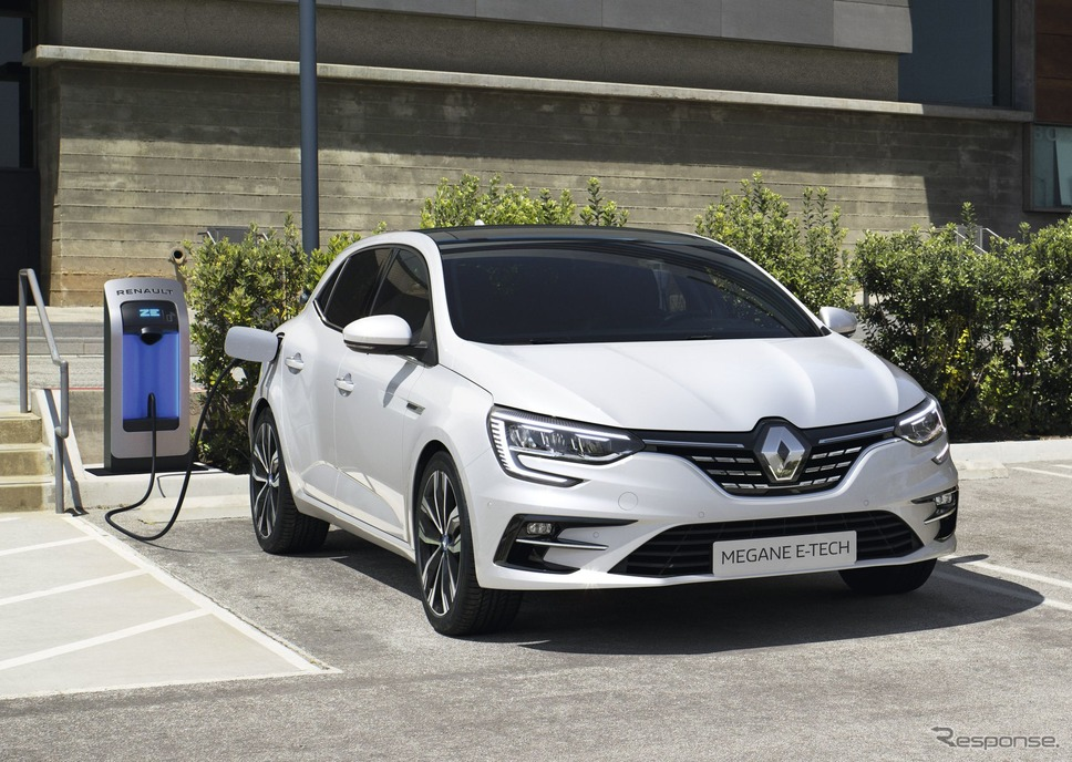 ルノー ・メガーヌ・ハッチバック 改良新型のPHV「E-TECH」《photo by Renault》
