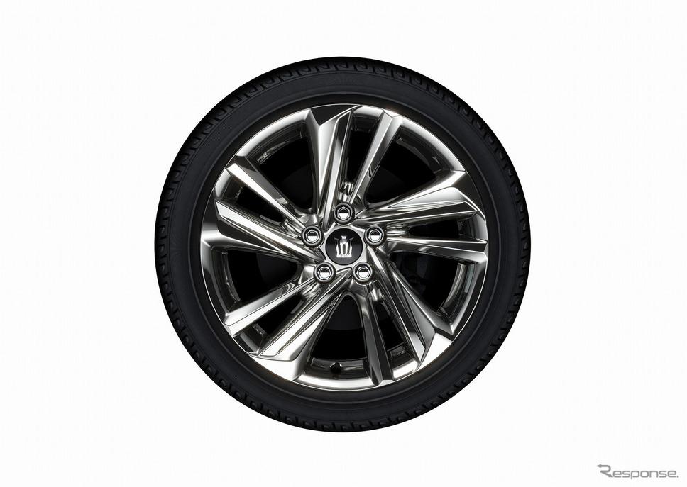 トヨタ クラウン 18インチタイヤ&専用アルミホイール(スパッタリング塗装)《写真提供 トヨタ自動車》