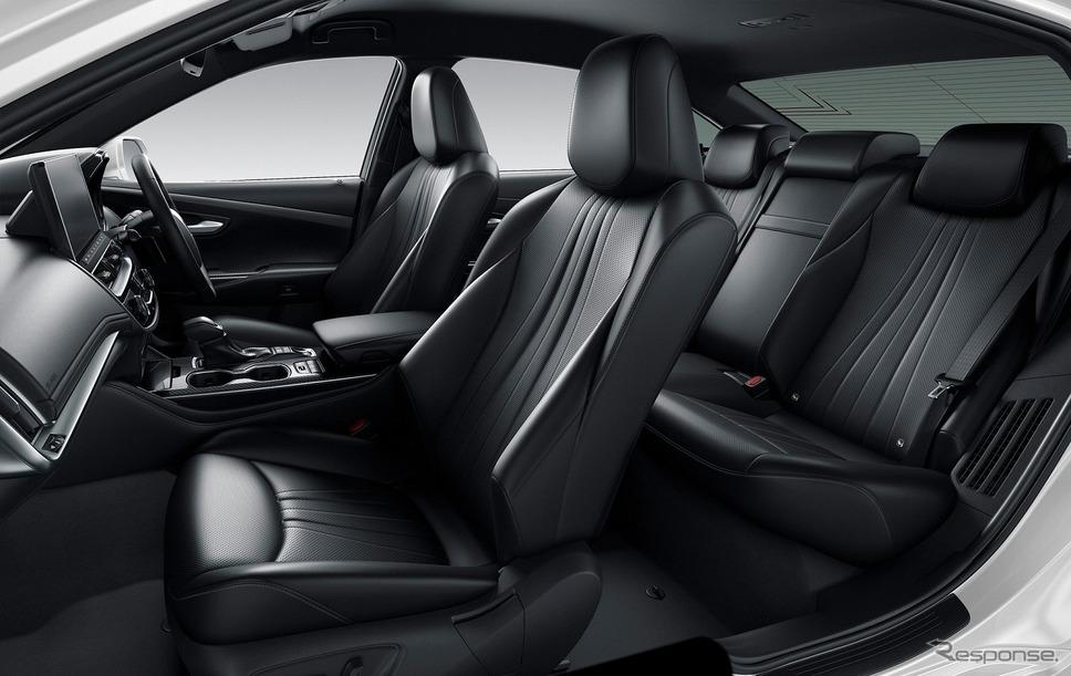 トヨタ クラウン RSアドバンス(内装色:ブラック)《写真提供 トヨタ自動車》