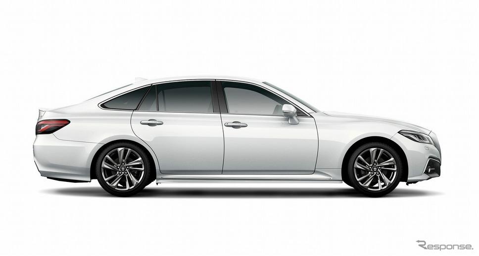トヨタ クラウン RSアドバンス(プレシャスホワイトパール)《写真提供 トヨタ自動車》