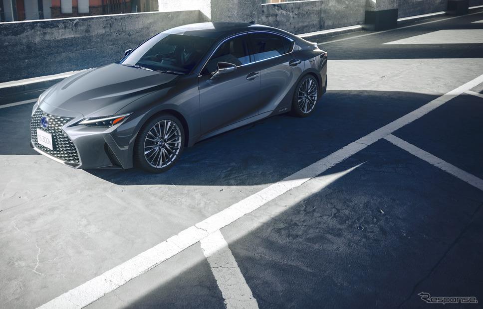レクサス IS改良新型《写真提供 トヨタ自動車》