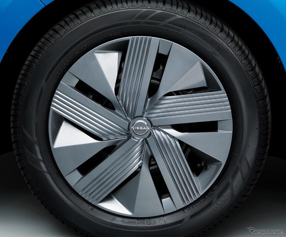 タイヤ&ホイール 16インチフルホイールカバー X《写真提供 日産自動車》