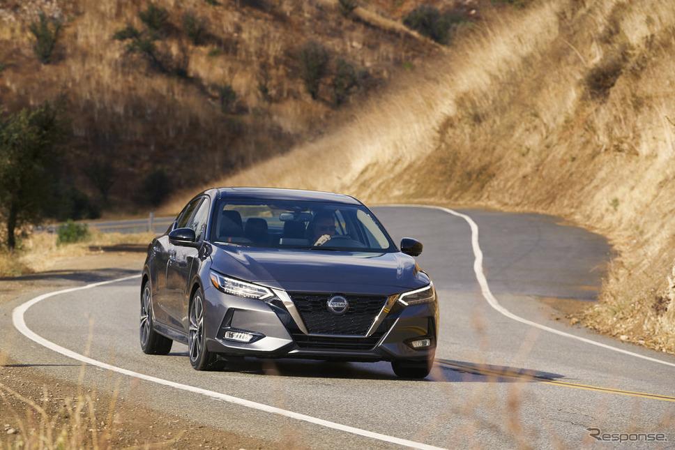 北米市場で販売される日産セントラ《photo by Nissan》