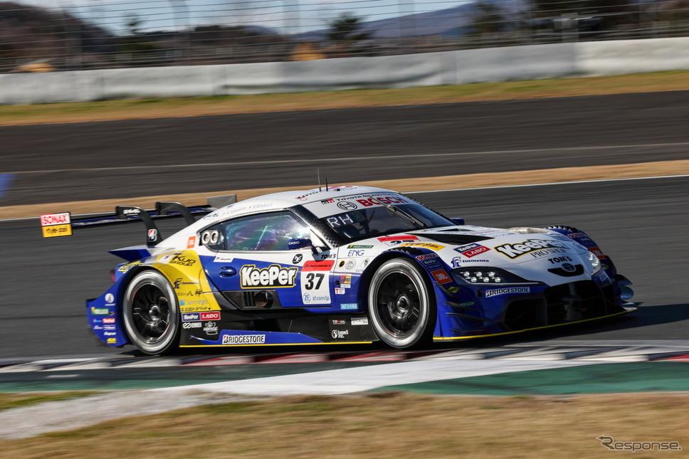 GT500クラス ポールポジションを獲得した#37 KeePer TOM'S GR Supra《撮影 益田和久》