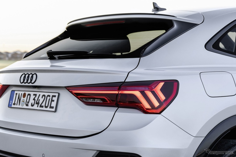 アウディ Q3 スポーツバック のPHV「45 TFSI e」《photo by Audi》