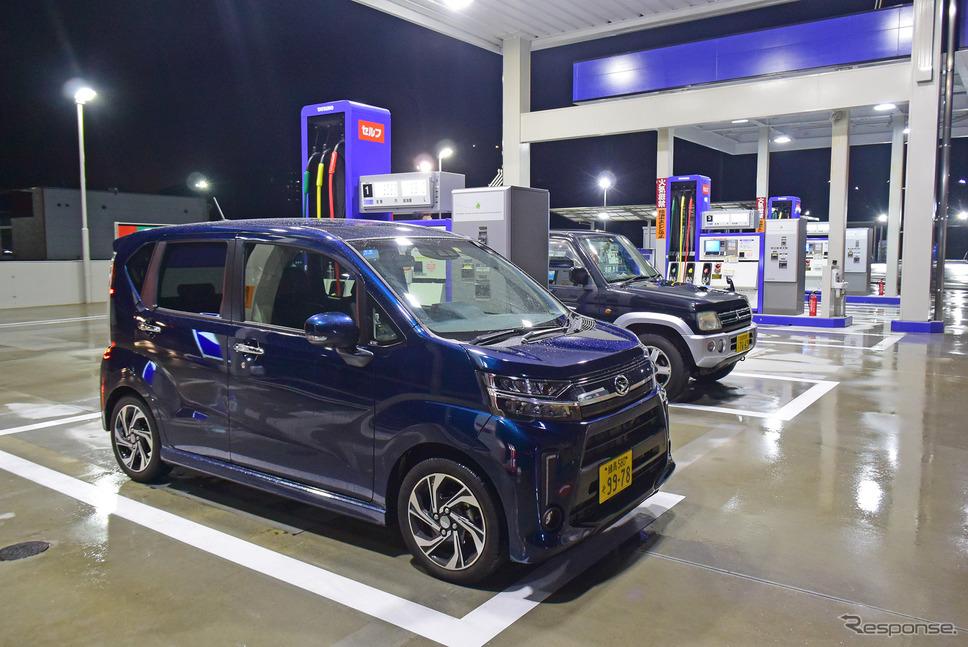 九州に入り、門司のガソリンスタンドで東京出発後2回目の給油。1回目は奈良の天理だった。《写真撮影 井元康一郎》