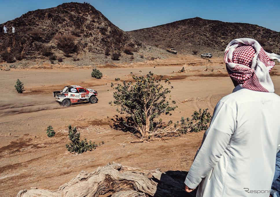 サウジアラビアでは2度目の開催となったダカールラリー、現地15日まで熱戦が続く予定。《写真提供 TOYOTA》