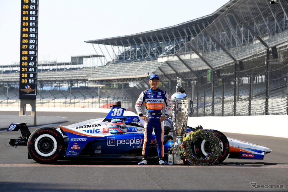 インディ500で優勝した佐藤琢磨選手。ファイアストンはブリヂストンの北米子会社《Photo by Andy Lyons/Getty Images Sport/ゲッティイメージズ》
