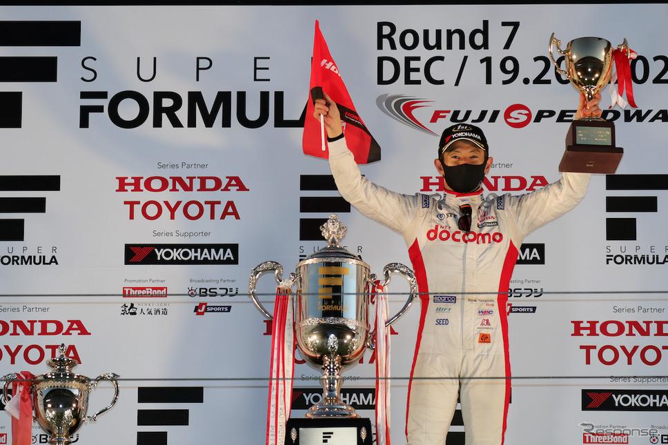 SUPER GTで3度目のチャンピオンを獲得した山本尚貴《写真撮影 竹内英士》