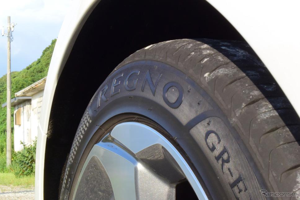 タイヤはブリヂストン「REGNO GR-EL」。《写真撮影 井元康一郎》