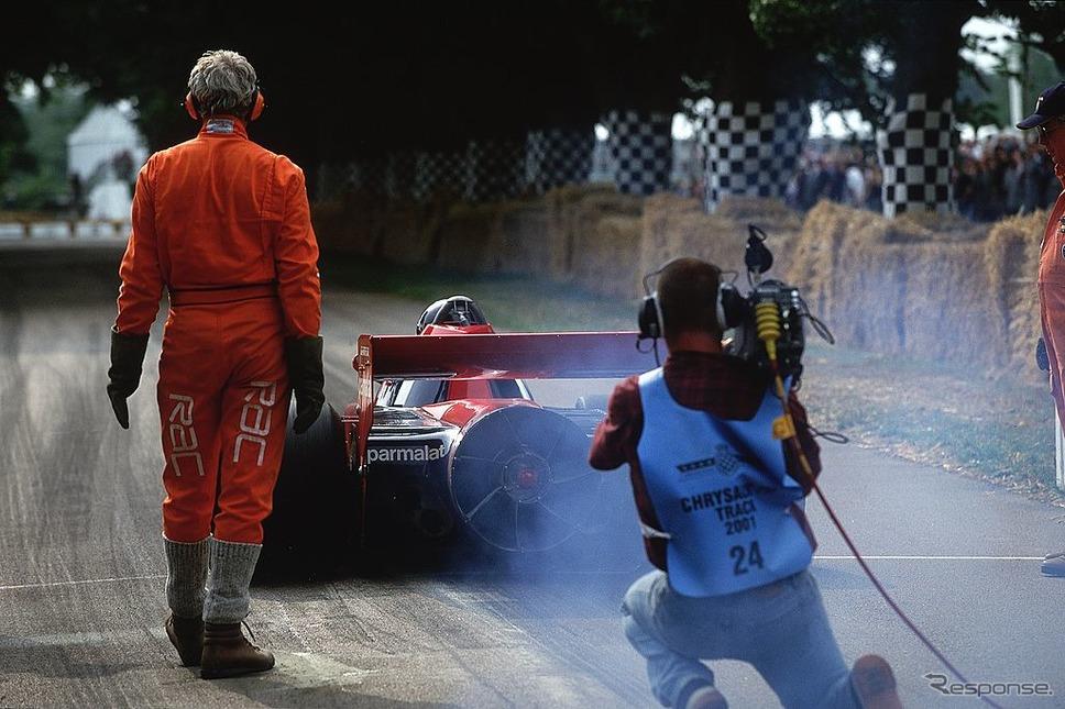 """ブラバムBT46B""""ファンカー""""(グッドウッド2001)《Photo by Bryn Lennon/Allsport/Getty Images Sport/ゲッティイメージズ》"""