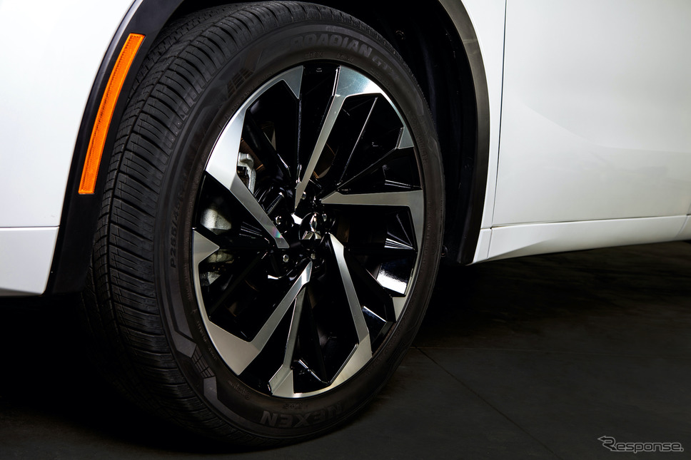 三菱 アウトランダー 新型《写真提供 三菱自動車》