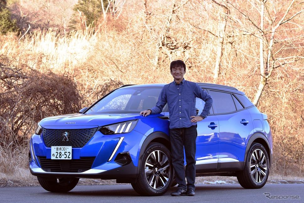 プジョー e-2008 と モータージャーナリスト 岡本幸一郎 氏《写真撮影 中野英幸》